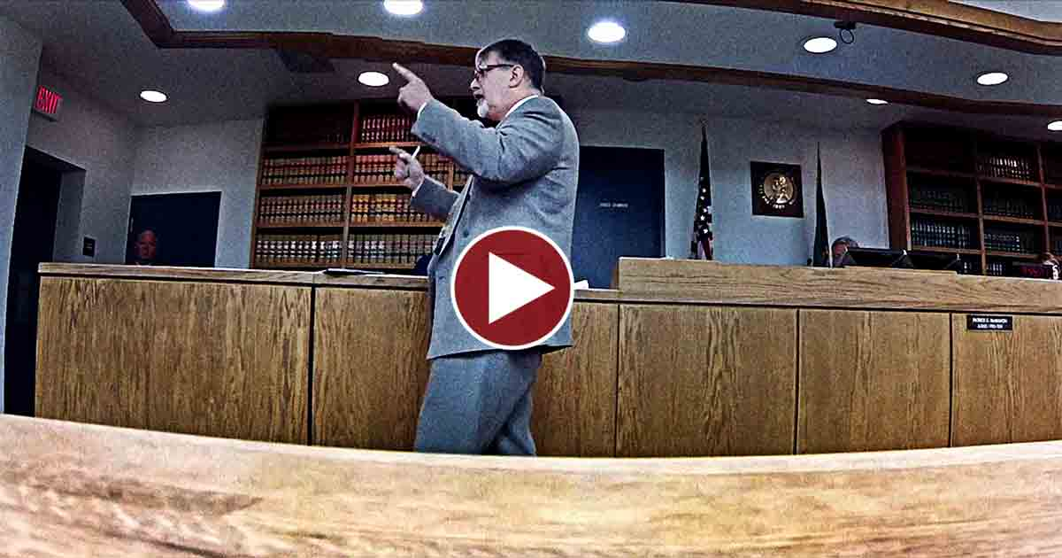 Constitutional Attorney Destroys Prosecution at Seim Trial!